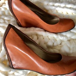Leather wedges